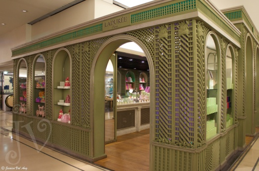 In-store Laduree!